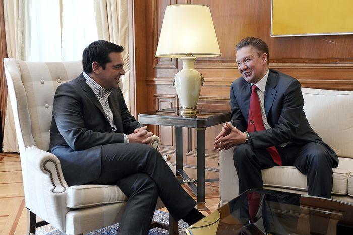 Алексей Миллер и Алексис Ципрас на встрече в Афинах 21 апреля 2015 года. Фото: LOUISA GOULIAMAKI/AFP/Getty Images