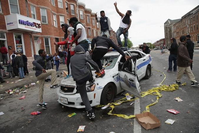 Беспорядки в Балтиморе. Фото: Chip Somodevilla/Getty Images