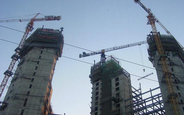 Инвесторы в Москве смогут получать землю для масштабных проектов без торгов