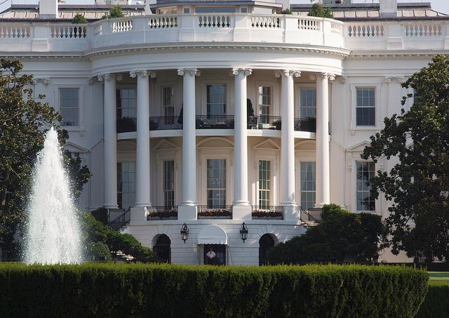США, Белый дом, проникновение