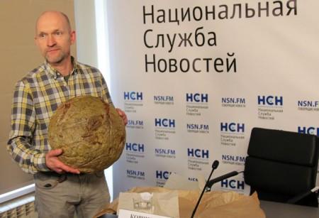Один из участников фестиваля, пекарь Ё-мазай Валерий Коршунов. Фото: Алексей Николаев/Великая Эпоха