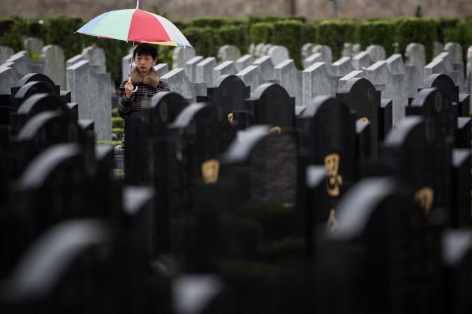 кладбище, могилы
