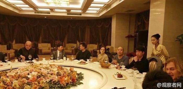 Во время частного застолья известный китайский телеведущий Би Фуцзянь раскритиковал компартию и Мао Цзэдуна. Фото с epochtimes.com