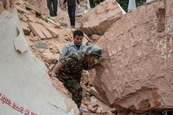 Завалы в Катманду после землетрясения в Непале. Фото: Omar Havana/Getty Images