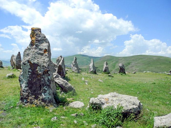 Достопримечательности Армении. Древняя обсерватория «Голос камней»