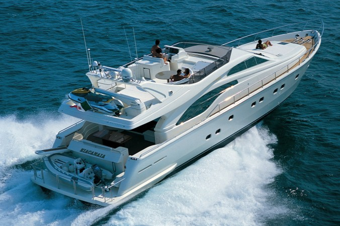 ferretti-yachts.com
