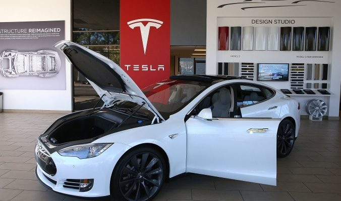 Tesla создаст электромобиль, доступный для среднего класса