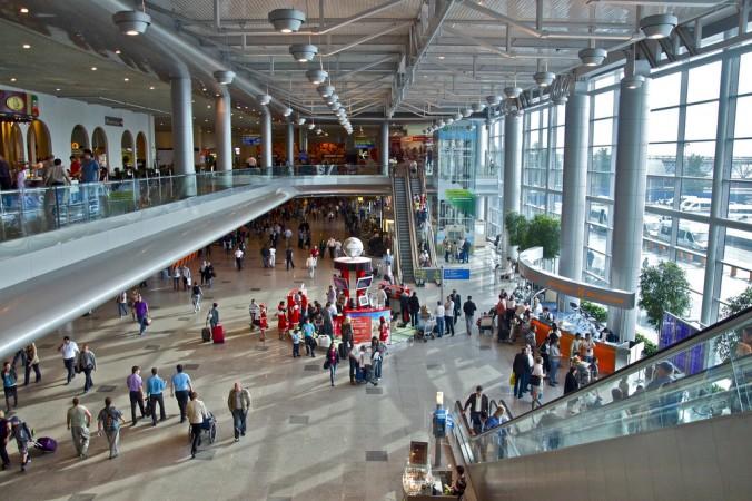 В аэропорту Домодедово. Фото: Luis Jou Garcia/flickr.com