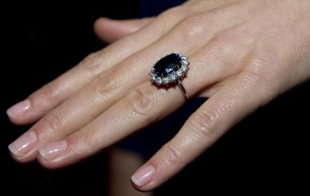 Кольцо, подаренное Уильямом Кэтрин Миддлтон во время помолвки. Фото: Arthur Edwards – WPA Pool/Getty Images