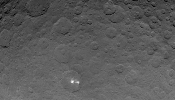 Получен наилучший снимок таинственных пятен Цереры