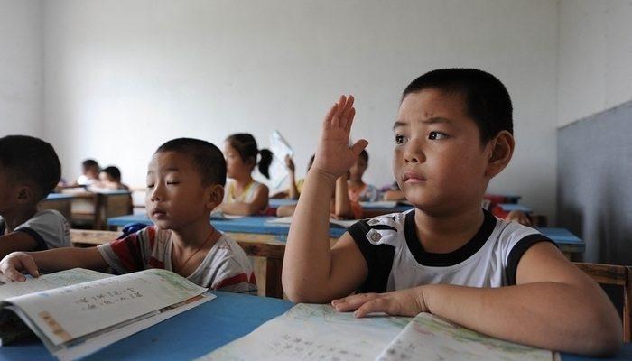 В Китае коррупция начинается со школьной скамьи
