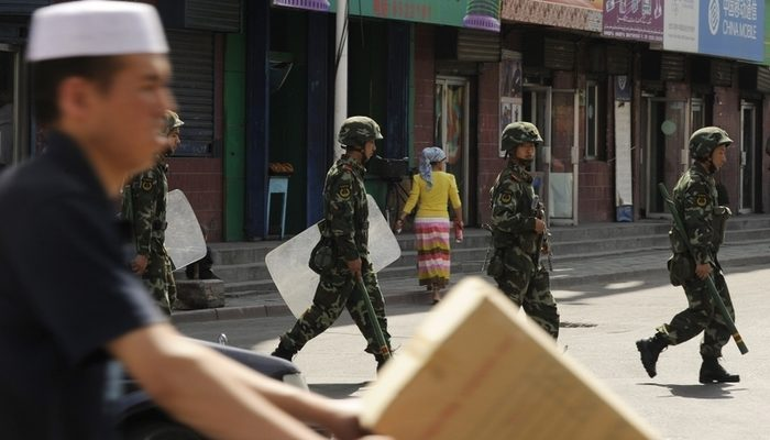 Полиция в Китае застрелила шестерых уйгуров