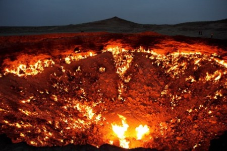 1280px-The_Door_to_Hell-480x320