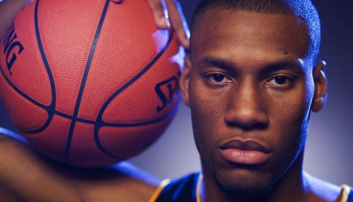 НБА: «Бостон Селтикс» против Энтони