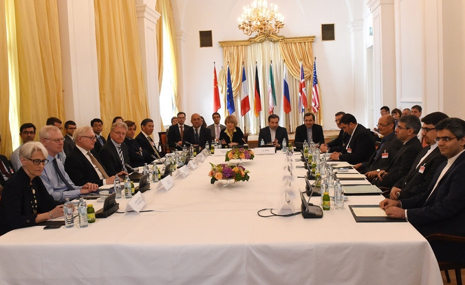 Переговоры Ирана по ядерной программе с лидерами мировых держав, 12 июня, Вена, Австрия. Фото: JOE KLAMAR/AFP/Getty Images