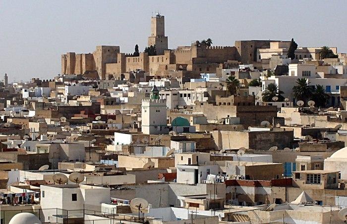 Арестована группа подозреваемых в нападении в Тунисе
