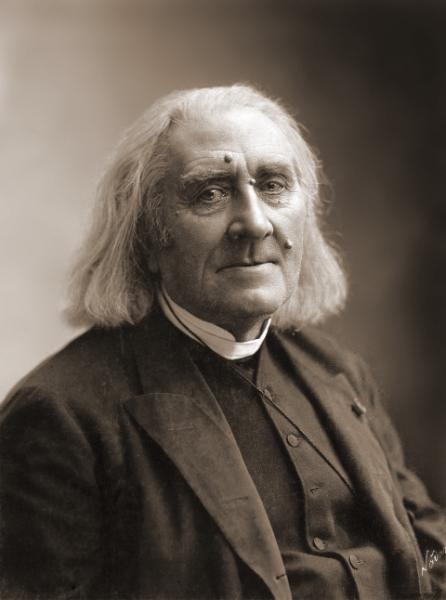 Franz_Liszt_by_Nadar_March_1886-480x646