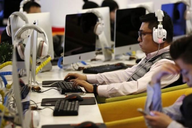 Китайская интернет-полиция вышла из фонового режима и стала работать открыто. Фото: botanwang.com