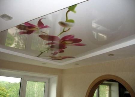 Подвесной потолок в квартире. Фото: cloud.mail.ru