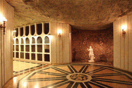 Винные подвалы Криков-Вин. Фото: vkusno.mirtesen.ru