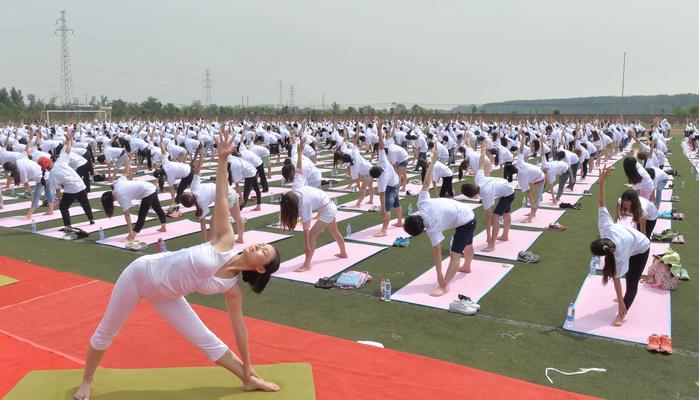 Международный день йоги отметили впервые в мире (видео)
