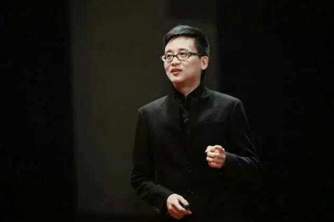 Пропагандист компартии Китай блоггер Чжао Сяопин, 22 апреля 2015 года. Фото: скриншот/Weibo.com