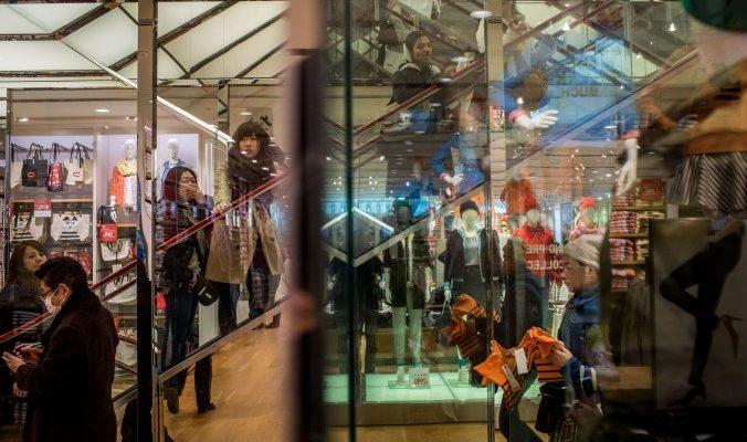 Китайские покупатели едут за границу в поисках качества и безопасности