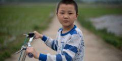 Брошенные дети Китая. Трудовым мигрантам запрещено брать детей с собой