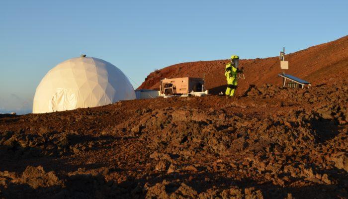 Ради миссии на Марс учёные прожили под куполом 8 месяцев