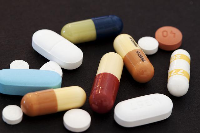 Кабмин, регионы, лекарства