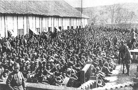 Фильм о второй мировой войне, китайские военнопленные под охраной японских войск