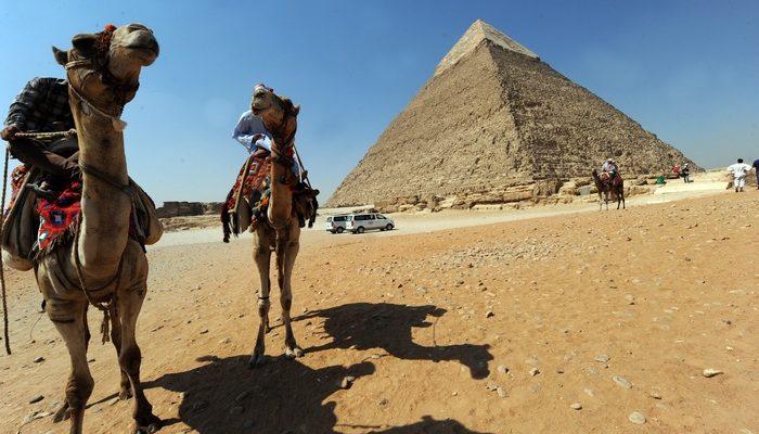 Робот исследует тоннели пирамиды Хеопса (видео)