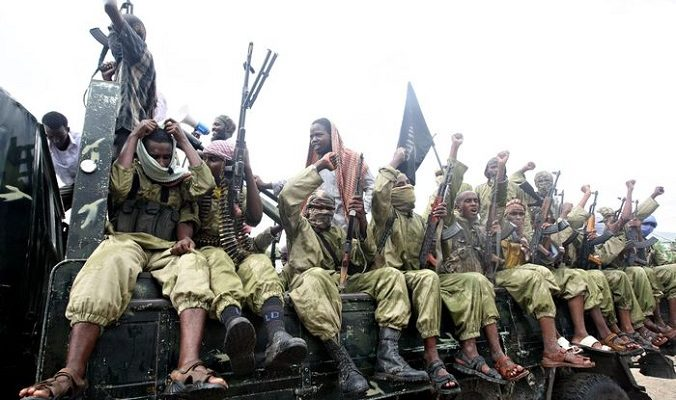 14 человек погибло во время теракта группировки «Аш-Шабаб» в Кении