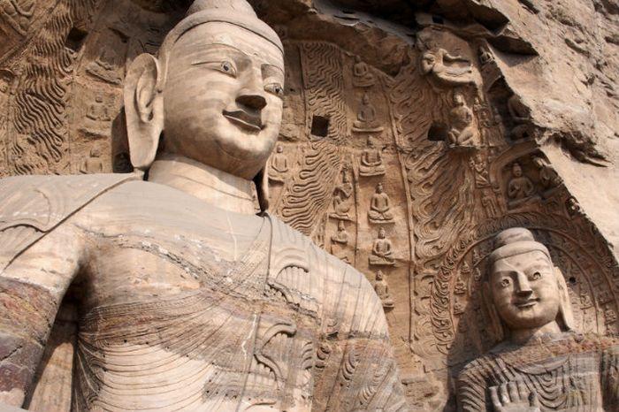 Одна из статуй Будды в Юньган, Датун, Китай. Фото: theepochtimes.com
