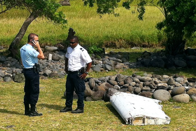 Боинг, рейс МН370, обломки, Малазийские авиалинии, острова Реюньон