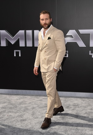 "HOLLYWOOD, CA - JUNE 28:  Actor Jai Courtney arrives at  the premiere of Paramount Pictures' ""Terminator Genisys"" at the Dolby Theatre on June 28, 2015 in Hollywood, California.  (Photo by Jason Merritt/Getty Images)"