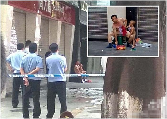 Мужчина протестует против несправедливости. Город Гуанчжоу провинции Гуандун. Июль 2015 года. Фото с epochtimes.com