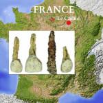 Зубной имплантат (Screenshot/GeoBeats News/YouTube) 2300-летнего возраста был обнаружен в меблированной погребальной камере в Ле Шен, Франция. Фото: Shutterstock