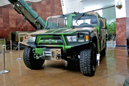 1024px-Dongfeng_EQ2050_in_exhibition