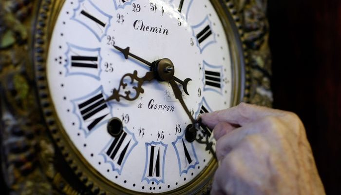 В КНДР 15 августа часы переведут на 30 минут назад