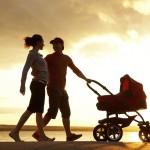 семья, коляска, прогулка