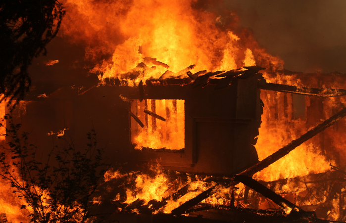 Калифорния, США, лесные пожары, эвакуация