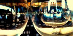 Почему алкоголь заставляет нас есть на 30% больше