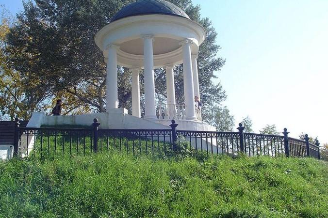 Беседка Островского в Костроме. Фото: FHen/commons.wikimedia.org/CC BY-SA 2.5