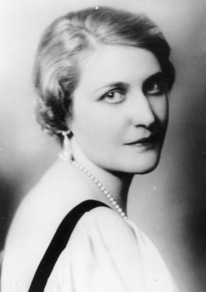 Frau Magda Goebbels, Gattin des Reichspropagandaministers 22979-33