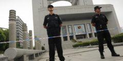 Китайский адвокат арестован за защиту христиан