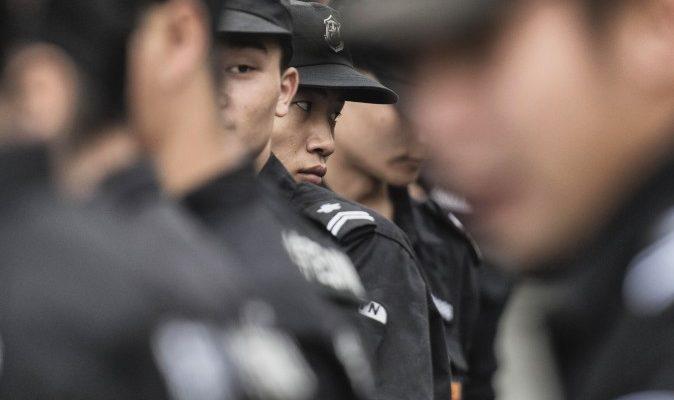 В Китае арестовали блогеров за комментарии о бирже и взрывах в Тяньцзине