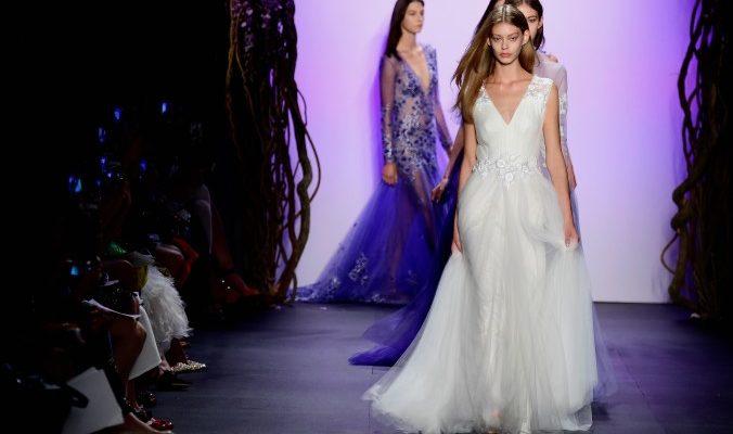 Ведущие дизайнеры на Неделе моды в Нью-Йорке представили свои коллекции