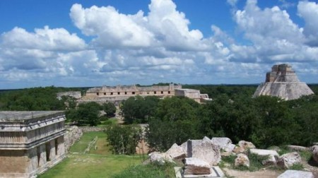 Panorama-of-Uxmal