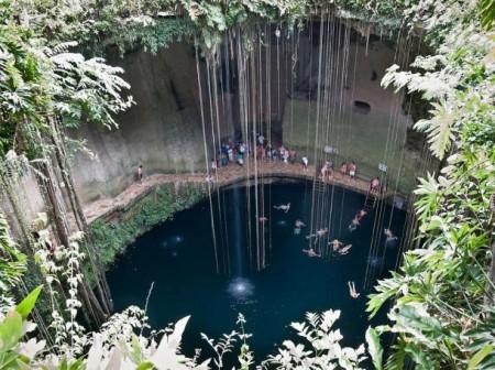 cenote-in-Quintana-Roo-mexico